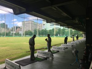 蓬萊高爾夫練習場の風景